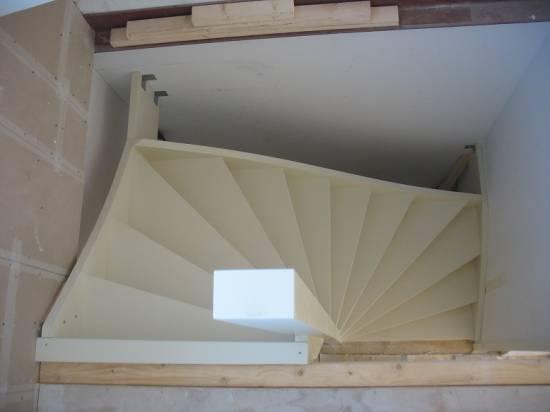 Dubbel kwart trap timmer en trappenbedrijf van kooten for Kwart trap