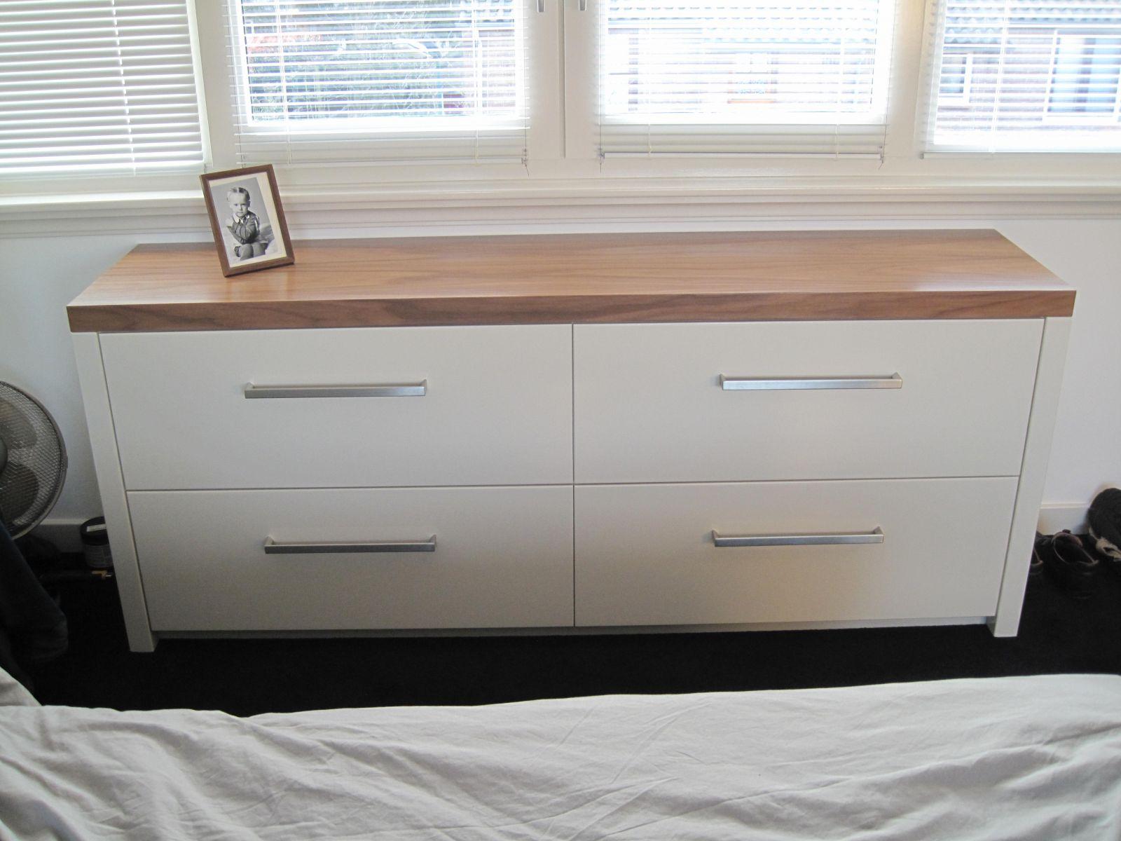 Slaapkamer meubels - Van Kooten V.O.F. Almere